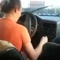 Mulher no volante...